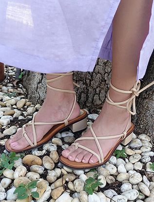 Wraparound Straps Block Heel Sandals