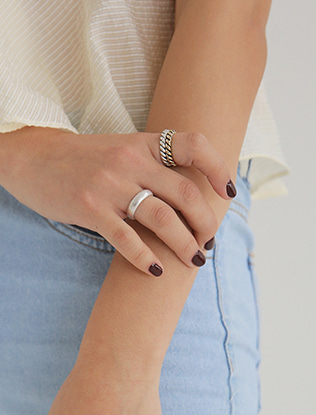 Three-Piece Plain Band Ring Set