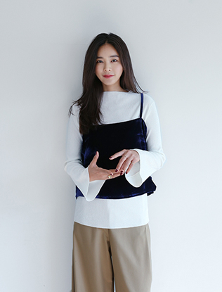 Corrugated Knit Long-Sleeved Tee
