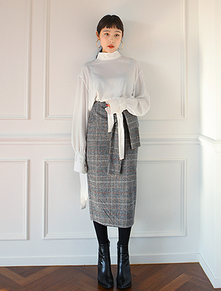 Knotted Drape Midi Check Skirt