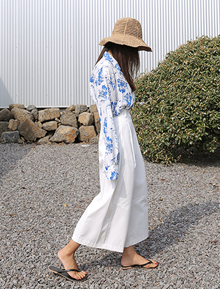 Ankle-Grazing Palazzo Pants