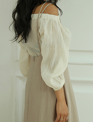 Off-Shoulder Cotton Balloon Sleeves Blouse