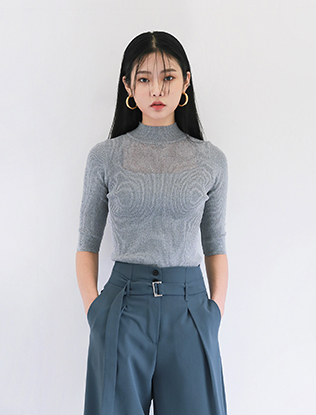 Half-Sleeved Knit Top