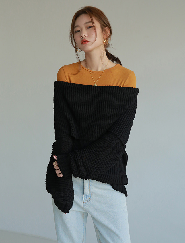 Black Baggy Off-Shoulder Knit Sweater