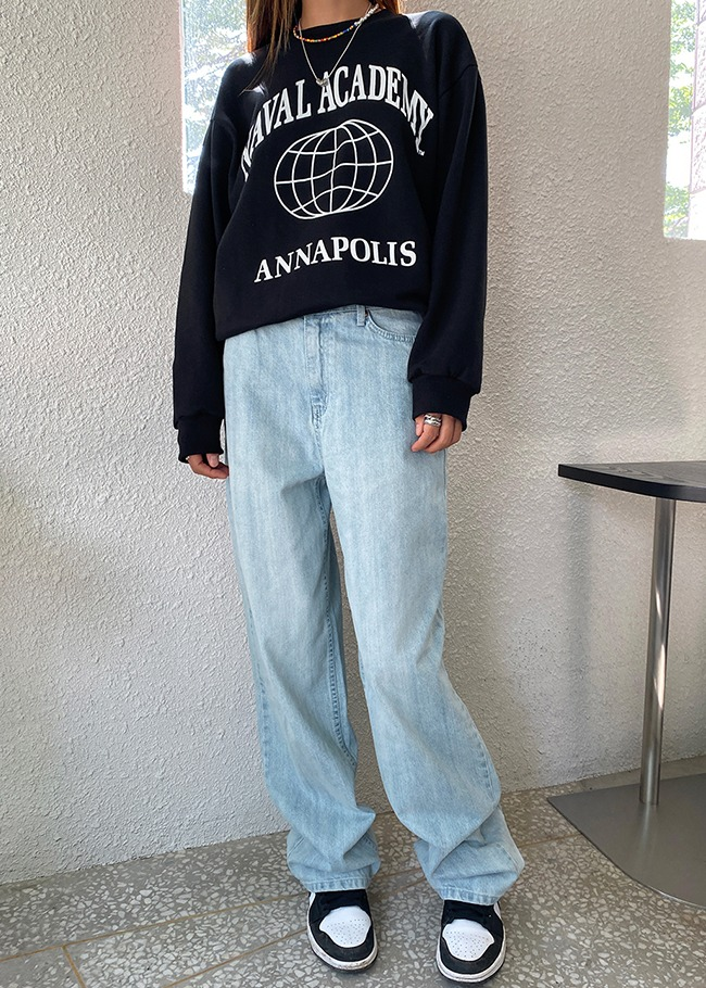 Vintage Wash Baggy Straight Leg Jeans
