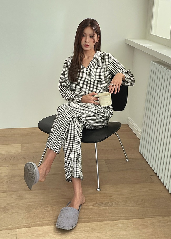 2-Piece Check Pajama Set