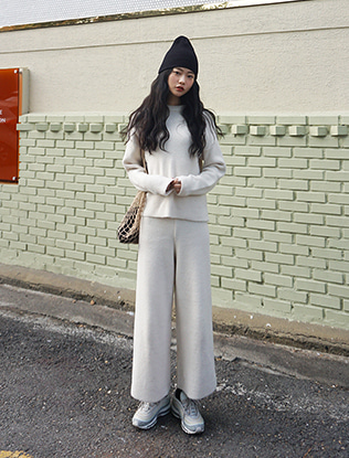 Knit Sweater and Culottes Set
