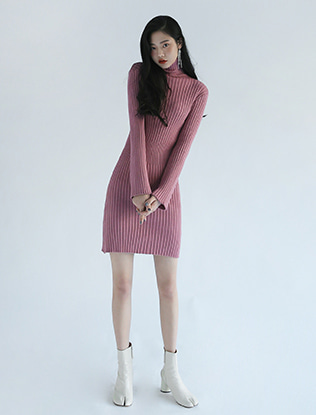 Turtleneck Corrugated Knit Dress