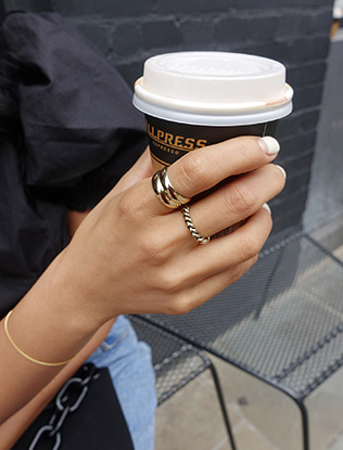 Two-Piece Basic Band Ring Set
